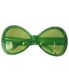 Groene brillen met diamantjes
