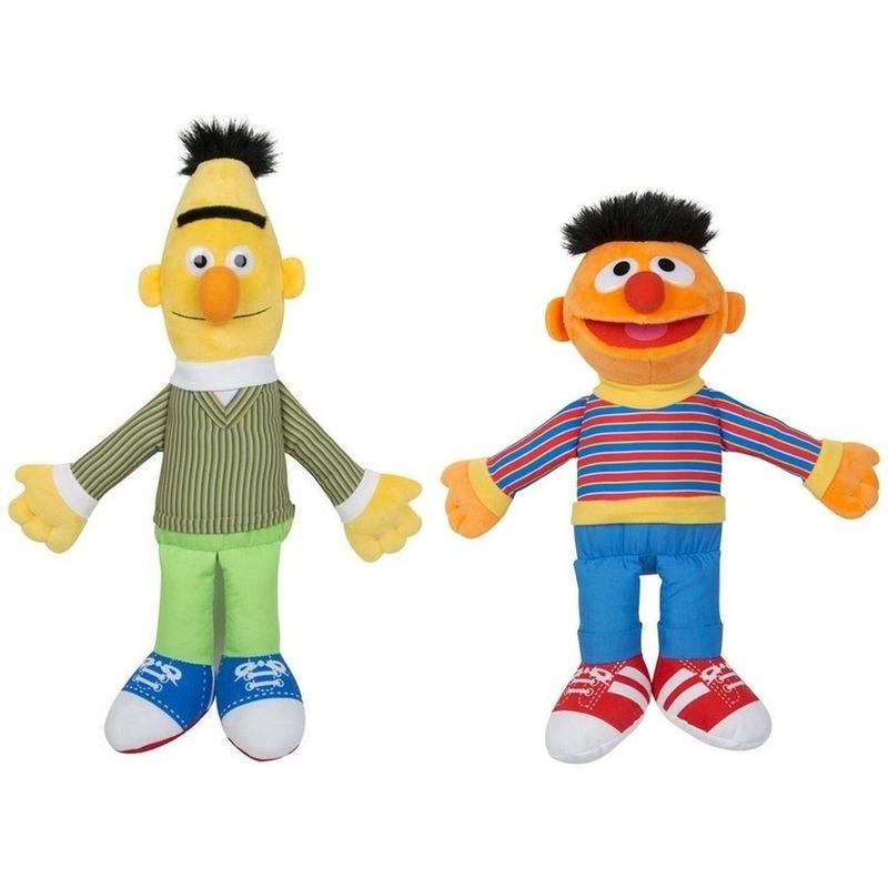 2x Sesamstraat Bert en Ernie knuffels/poppen 28 cm